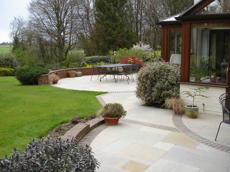 Patio design photos inspiration from alda landscapes for Large patio design ideas
