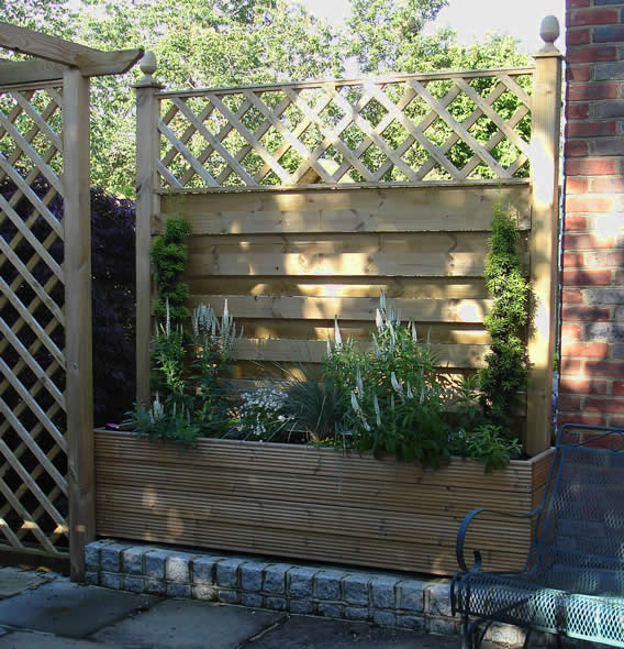 sliding screen planter
